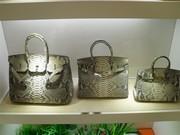 У нас есть модные сумки, все с высоким качеством, оптовая цена... продам.
