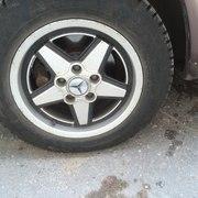 Продам литые диски R15 для Mercedes.